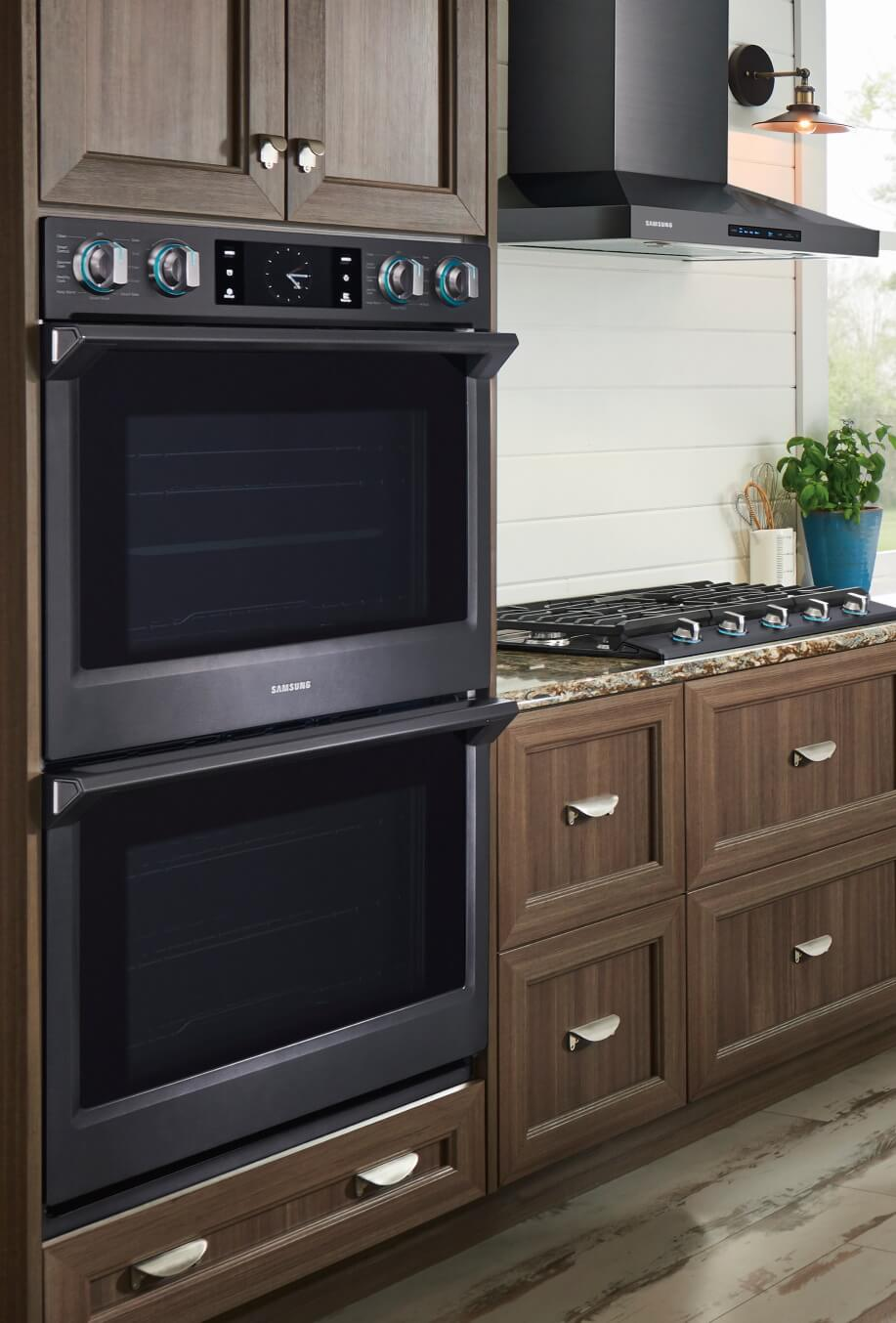 Receive up to a $300 prepaid Mastercard on qualifying Samsung appliances.